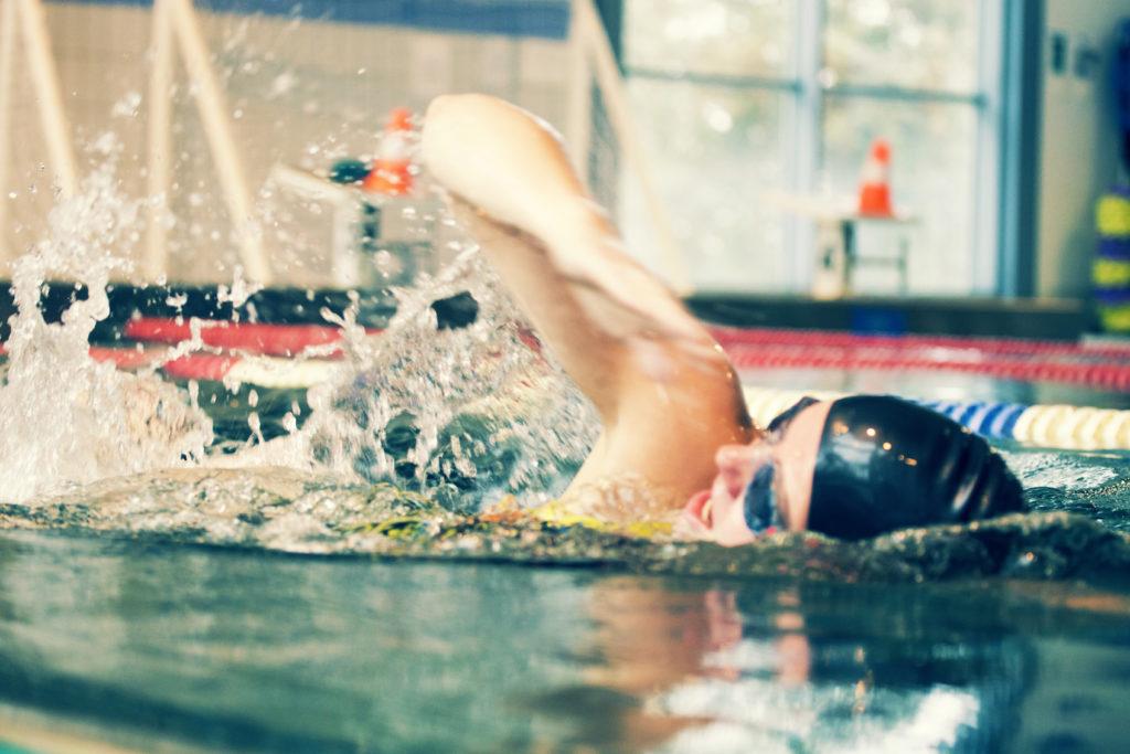 Piispalan uimahalli ja kilpauimari