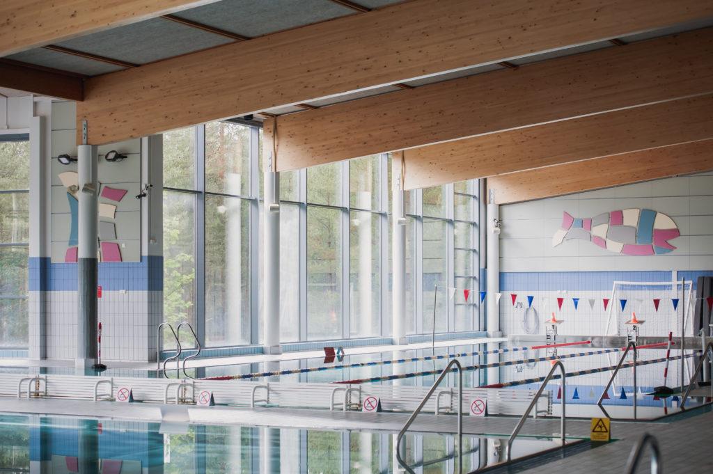 Piispalan uimahallin uima-allas.